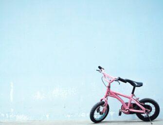 Sådan får du dine børn til at cykle mere